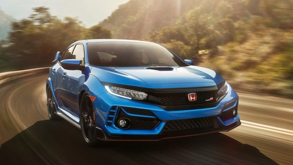 Photo of Honda goes for manual transmission in its next generation Civic Si and Type-R
