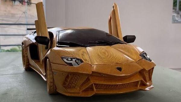 Wooden 2021 Lamborghini Aventador S. (Image: Woodworking Art)