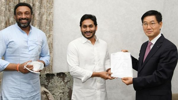 Kia India handed over ₹5 crore as donation to YS Jagan Mohan Reddy, Chief Minister of Andhra Pradesh, as part of Covid-19 relief measure.