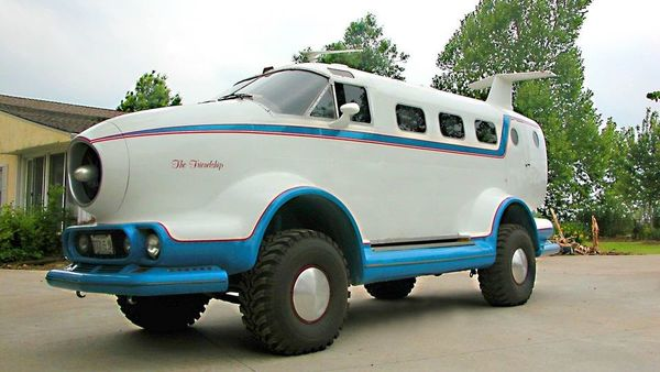 This reformatted model is based on an AMC Jeep SJ model which has a 360 cubic-inch (5.9-litre) engine. (Facebook Marketplace)
