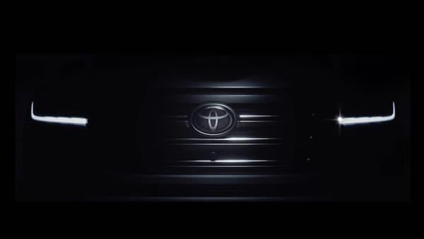 2022 Toyota Land Cruiser facelift version to make debut on June 9.