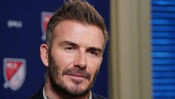 David Beckham goes green, Lunaz invests in the UK upcycling company EV
