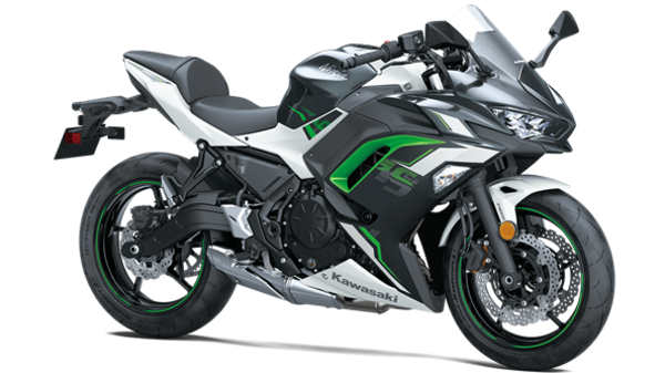Ninja 650 is expected to be launched in India later this year.