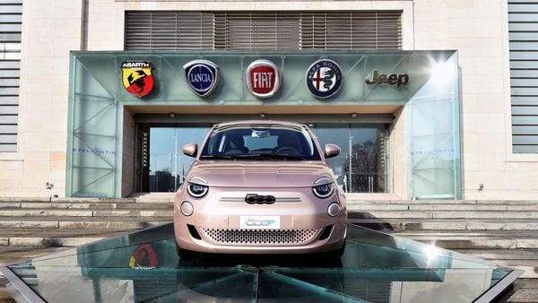 The Fiat 500e has a battery of 42 kWh battery that can churn 118 hp. (File Photo) (REUTERS)