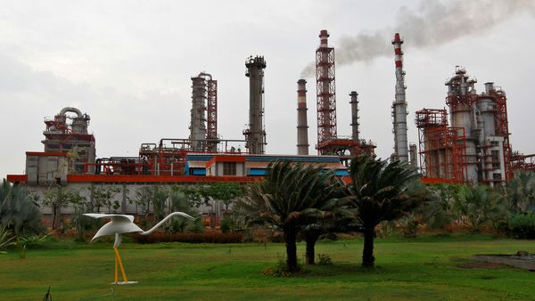 Expanding refining capacity by 4.3 million tonnes per annum to 18 million tonnes and adding plants to produce 500,000 tonnes per annum of polypropylene and 2,35,000 tonnes of lube oil base stock at the site would see total investment of about ₹24,000 crore. (REUTERS)