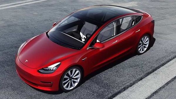 Tesla Model 3 has been started being used as police cars at some places in the US.