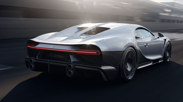 This Bugatti is powered by a thoroughly overhauled 8.0-litre W16 engine with four turbos, the same that powers the Chiron Super Sport 300+. But tweaked a lot of things that have helped to make this car the fastest in the world.