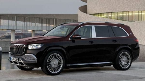 The all-new Maybach GLS 600 comes with greater interior space compared to the Mercedes-Benz GLS 450. The width of the car has been increased by 31 mm at 2,030 mm and the height too has been increased 15 mm at 1,838 mm.