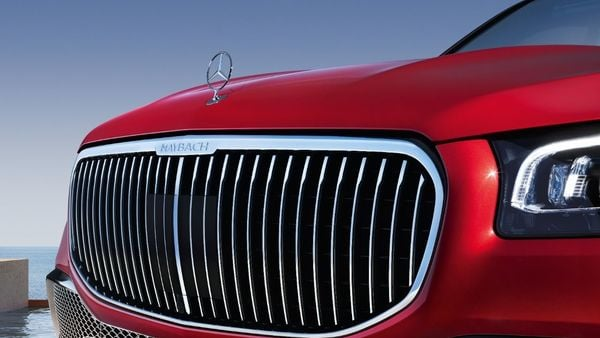 The SUV will come with an imposing radiator grille and the Maybach emblem on the exterior body. The star logo sits upright on the bonnet. The LED lights at the front and rear give the car a stylish tone.