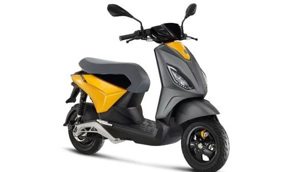 The Piaggio One comes with a digital instrument panel with an automatic display brightness sensor.