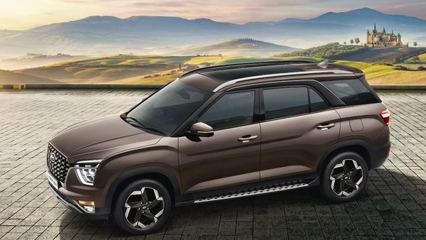 Hyundai Alcazar is the first three-row vehicle being offered by Hyundai in India.