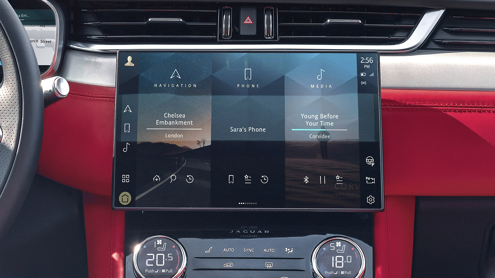 The new F-Pace gets a 11.4-inch main infotainment screen.