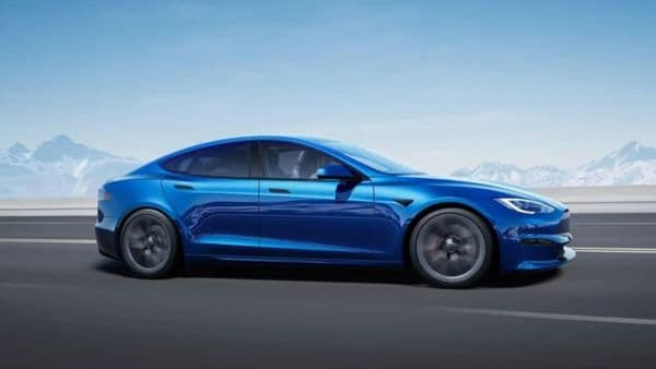 Tesla has started deliveries of the Model S Plaid. The deliveries had previously been delayed owing to supply-chain issues. (Tesla)