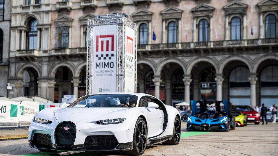 Bugatti Chiron Super Sport Together With Bugatti Bolide Make Public Debut