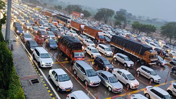 FASTag on the Yamuna Expressway, starting Tuesday, will reduce queues at the toll plaza