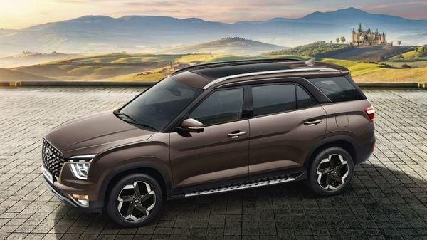 Hyundai Alcazar will be positioned above Hyundai Creta in the lineup.