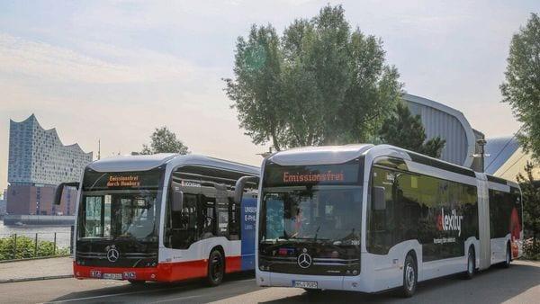 Mercedes-Benz eCitaro G vehicles. (Daimler)
