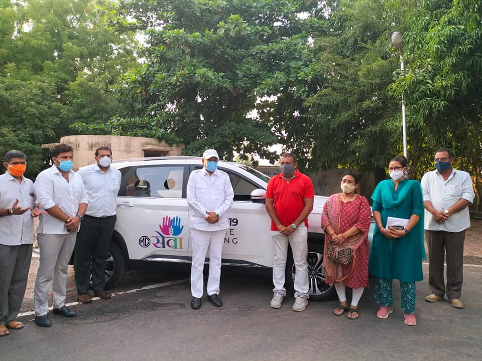 Delivery of MG Hector Plus SUV to Gujarat authorities