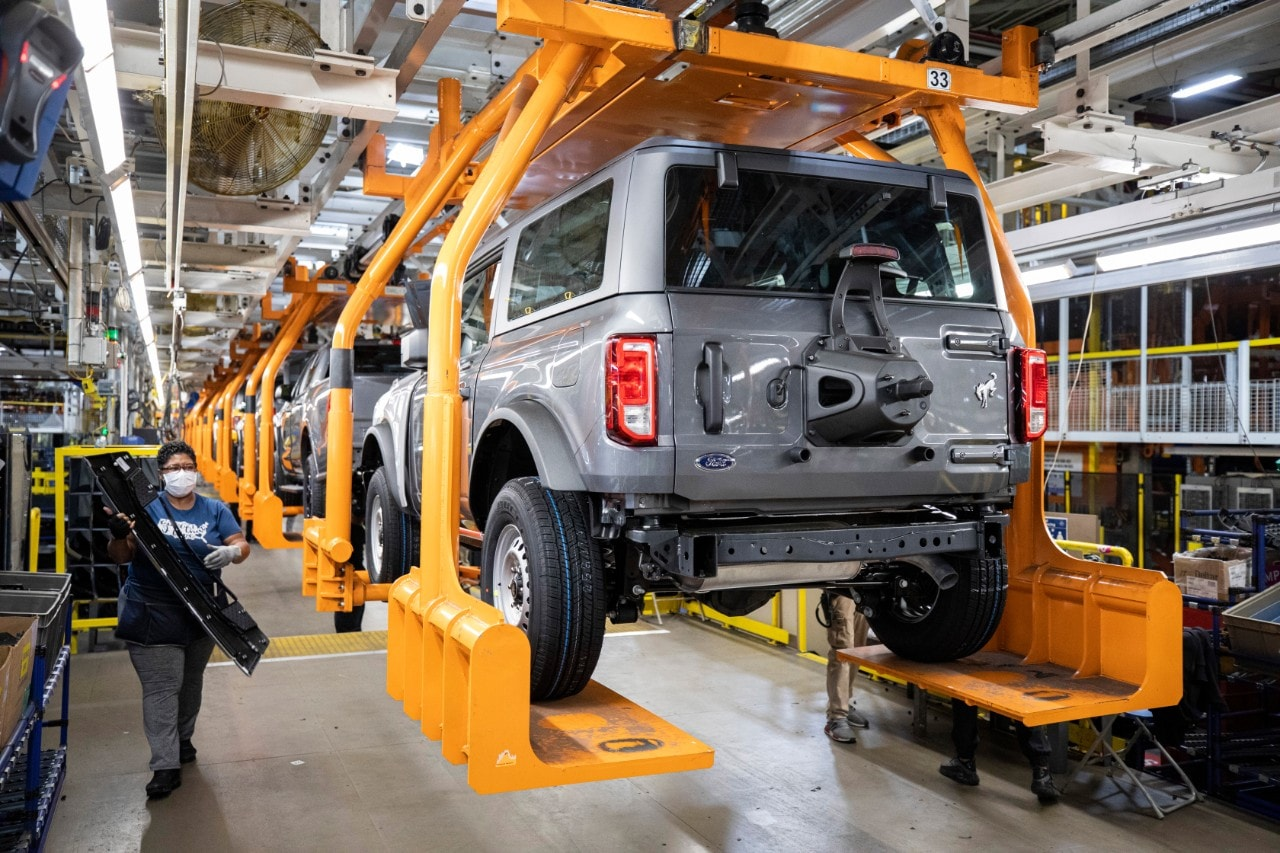 The Ford Bronco SUVs will be available in two powertrain options - a petrol 2.7-litre EcoBoost V6 engine, which can produce 310 horsepower and 542 Nm of torque; and a 2.3-litre EcoBoost targeted to deliver four-cylinder torque of 420 Nm with an expected 270 horsepower.