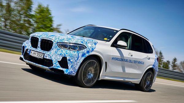 BMW X5 hydrogen fuel-cell prototype