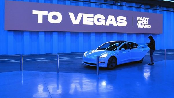 Tesla on the fast track?  Elon Musk's Boring Co.  tunnels double-width tunnels