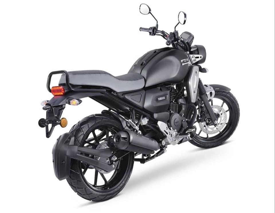The new Yamaha FZ-X gets a range of colour options including Matt Copper, Metallic Blue, and Matte Black.