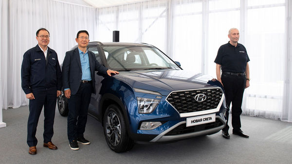 2022 Hyundai Creta SUV was recently unveiled in Russia. The SUV is also likely to be launched in Brazil too. Later, Hyundai may bring in the new Creta SUV to India as well.