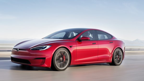 The delayed launch and delivery of the Tesla Model S have created trouble for the EV maker during Q2 2021.