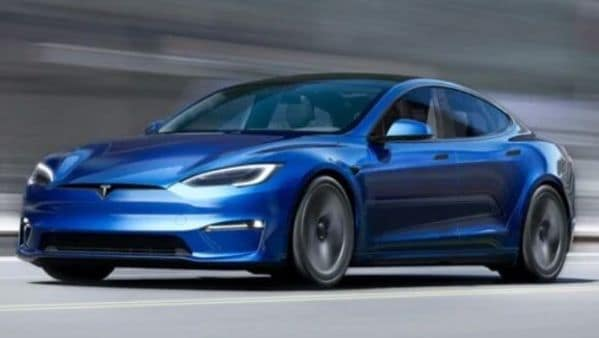 Adding an extra motor to Tesla Model S Plaid will come with some advantages and disadvantages as well. (Tesla)