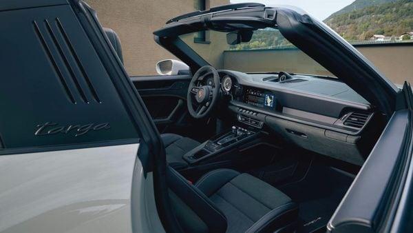Interior del Porsche 911 Targa 4 GTS