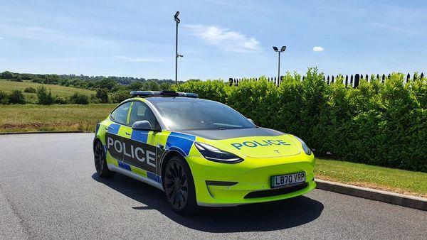 Tesla Model 3 electric sedan is being used by London Metropolitan Police on a trial basis. (Image: Twitter/Tesla Owners UK)