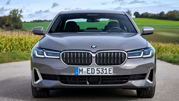 BMW has launched its new 5 Series in the Indian market starting at <span class='webrupee'>₹</span>62,90,000 (ex-showroom). The car is locally manufactured at the company's plant in Chennai.