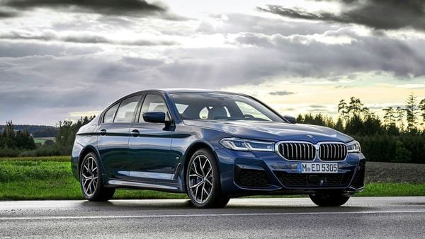 BMW has commenced bookings of the new 5 Series from today onwards.