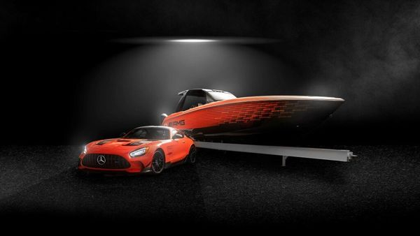 The new Cigarette 41' Nighthawk AMG Black Series special edition boat inspired by the Mercedes-AMG GT Black Series. (Daimler)