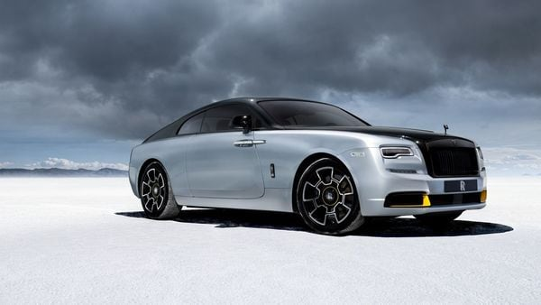 The Wraith Black Badge can generate 623 hp of power and has 870 Nm of torque and Rolls-Royce will manufacture 35 units of this. (Rolls-Royce)