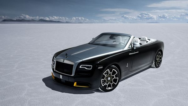 The Dawn Black Badge can create a power of 593 hp with 840 Nm of torque. Only 25 of these will produced by the luxury automaker. (Rolls-Royce)