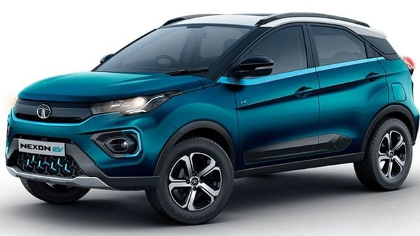 The Nexon EV now comes with new a set of alloy wheels with a dual-tone, five-spoke design. (Tata Motors)