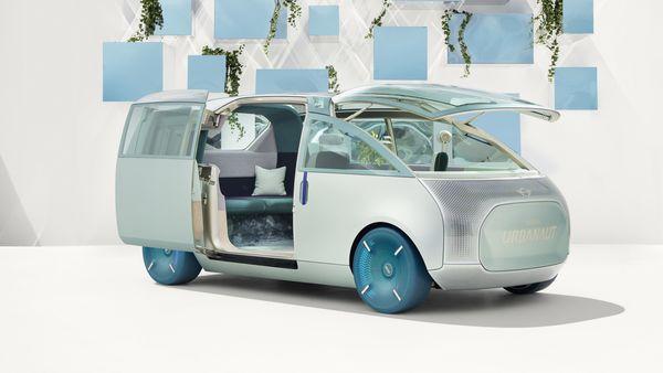 BMW's MINI Vision Urbanaut virtual concept car