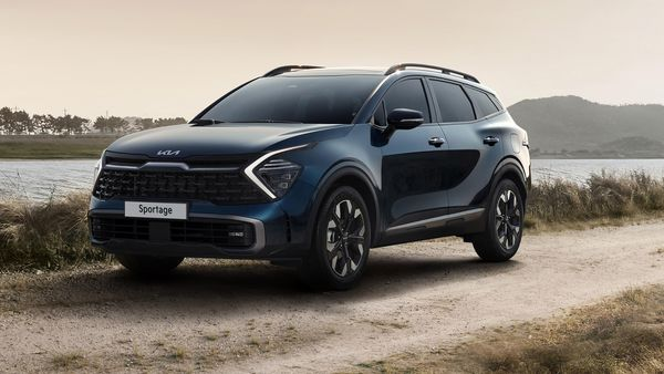 Kia has revealed its all-new Sportage SUV for global markets. The car comes in the latest, fifth-generation form and has been developed on a new architecture. Calling it the ultimate SUV, the Sportage has a driver-centric design, claims the automaker.