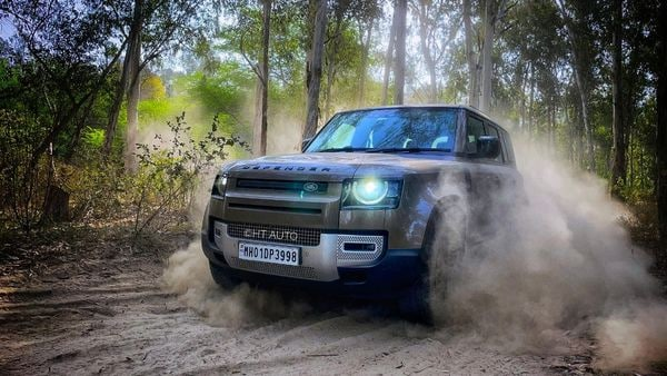 Jaguar Land Rover will start testing a Defender SUV prototype that is powered by a hydrogen fuel cell by the end of this year. (HT Auto/Anik Biswas)