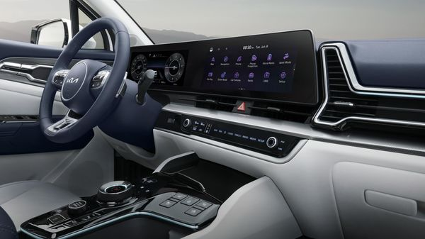 The interiors of Kia Sportage emanates suave. It has a 12-inch slim touchscreen pad with the latest-generation full thin-film-transistor liquid-crystal display. This integrated display comes with a slew of connectivity tech and also have over-the-air updates including navigation.