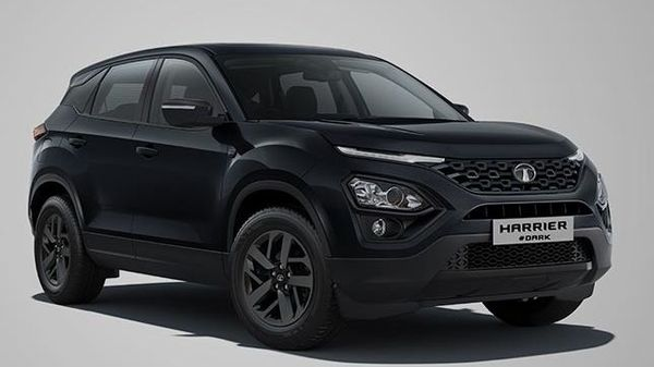 Harrier Dark continues to have a price sticker of <span class='webrupee'>₹</span>18.04 (ex showroom, Delhi).It now comes in a new Oberon black colour with a tinge of deep blue shade. Standing on R18 Blackstone alloys, the Harrier Dark now looks more stylish than before. Harrier Dark is made available in three trims - XT+, XZ+ & XZA+.