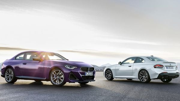 Both engines on offer are mated to an eight-speed Sport Steptronic transmission, which is standard in all new BMW 2 Series Coupe models.