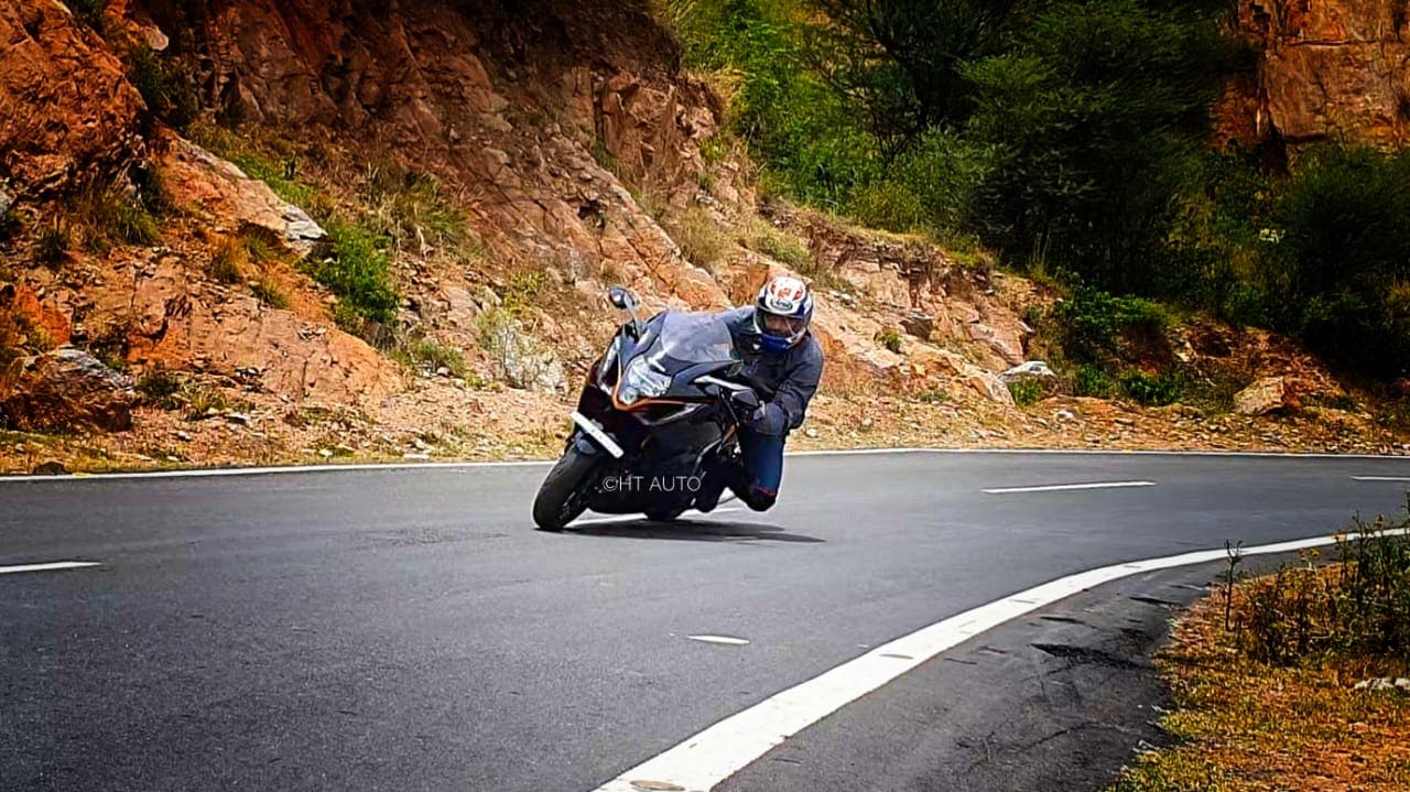 The power delivery of the new 2022 Hayabusa, combined with the upgraded electronics gives you the freedom to thrash it around without the constant fear of getting ejected from the seat.
