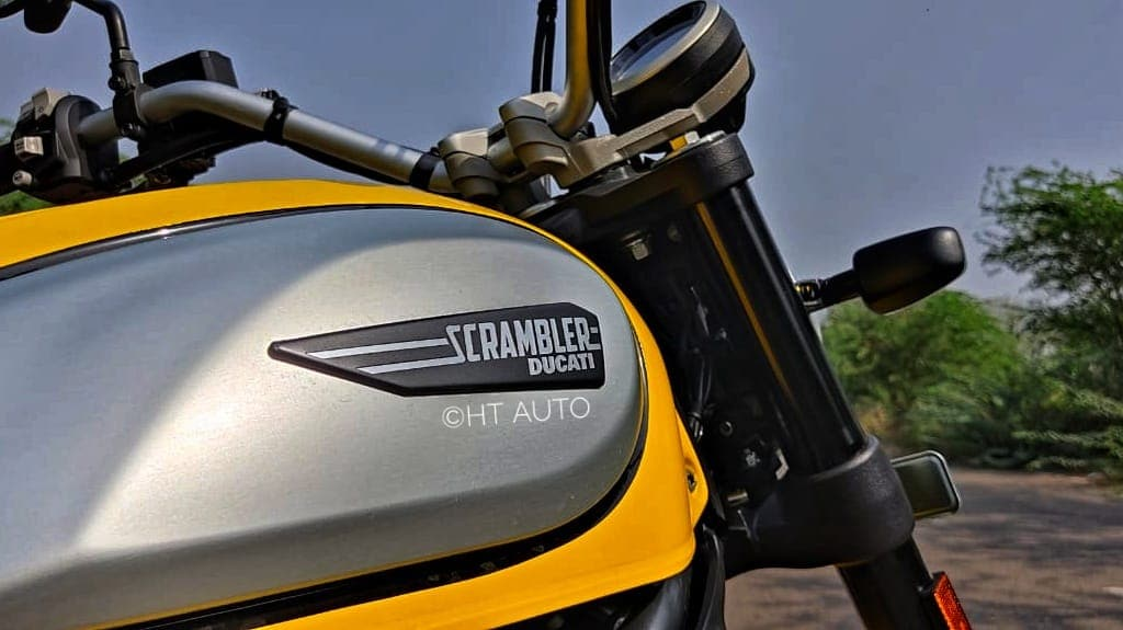 The new Scrambler Icon has been priced at <span class='webrupee'>₹</span>8.49 lakh, making it costlier than the Icon Dark trim.