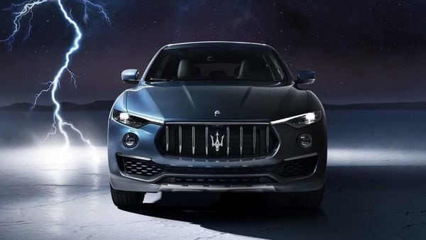 The new Levante Hybrid is distinguished from its ICE-powered trim with blue embellishment on both interiors and exteriors.