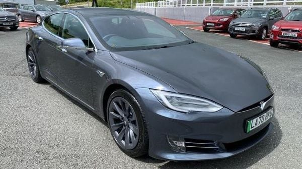 2021 Tesla Model S previously owned by UK's Prince Charles. (Image source: Castle Motors)