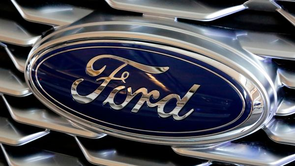 Ford remembers the Ford Explorer, the F-150 Super Duty and the Lincoln Aviator