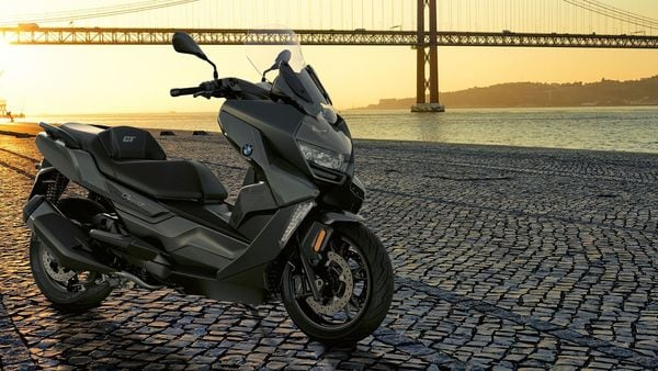 When launched, expect the new 2021 BMW C 400 GT to be priced over ₹ 6 lakh (Ex-showroom).