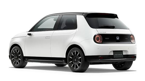 Critics of Honda's strategy wonder whether the goal is realistic. Image: Honda eElectric car.